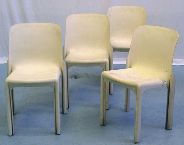 18: Magistretti Selene Chairs Artemide