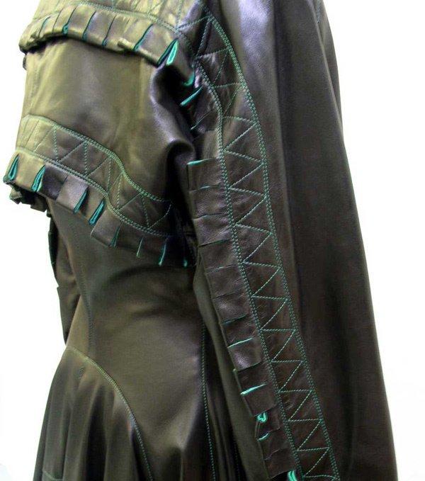 500: A Vintage Alaia Leather Coat - 4