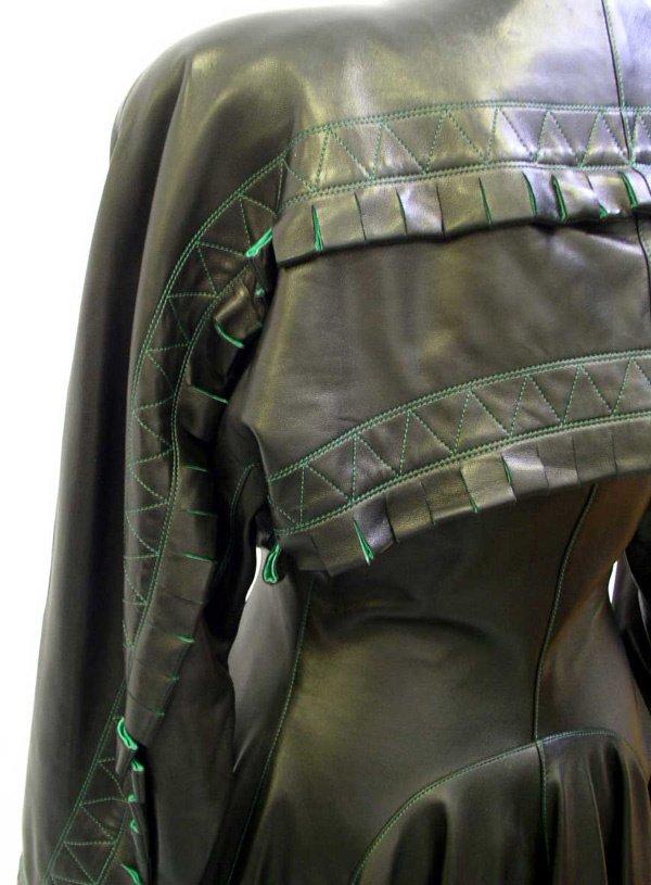 500: A Vintage Alaia Leather Coat - 5