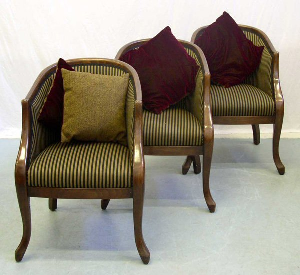 1021: A Set of Three Tub Chairs (3)