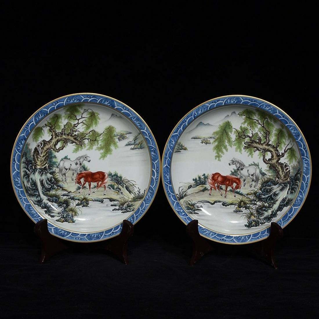 YONGZHENG MARK BLUE WHITE EDGED FAMILLE ROSE PLATE IN