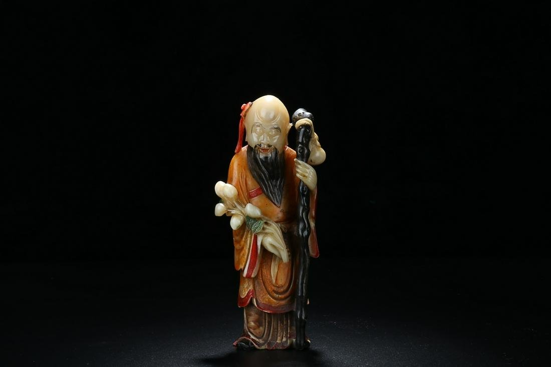QING DYNASTY SHOUSHAN STONE CARVING COLORED THE GOD OF