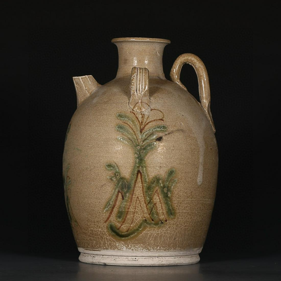 DING YAO FLOWERS AND PLANTS PATTERNING WINE POT