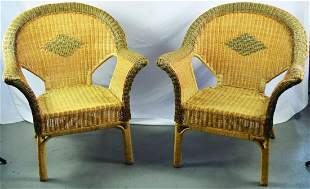 PAIR (2) VINTAGE PATTERN WICKER LOUNGE ARM CHAIRS