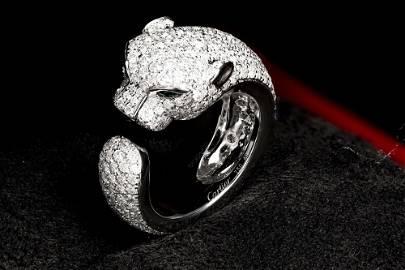 PANTHÈRE DE CARTIER WHITE GOLD DIAMONDS EMERALDS ONYX