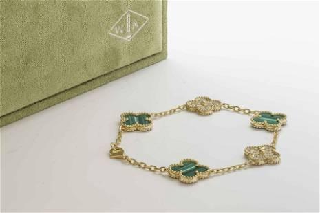 VCA Vintage Alhambra bracelet 5 motifs 18K Yellow gold,