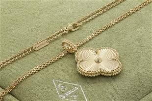 VCA Magic Alhambra long necklace 1 motif guilloché 18K