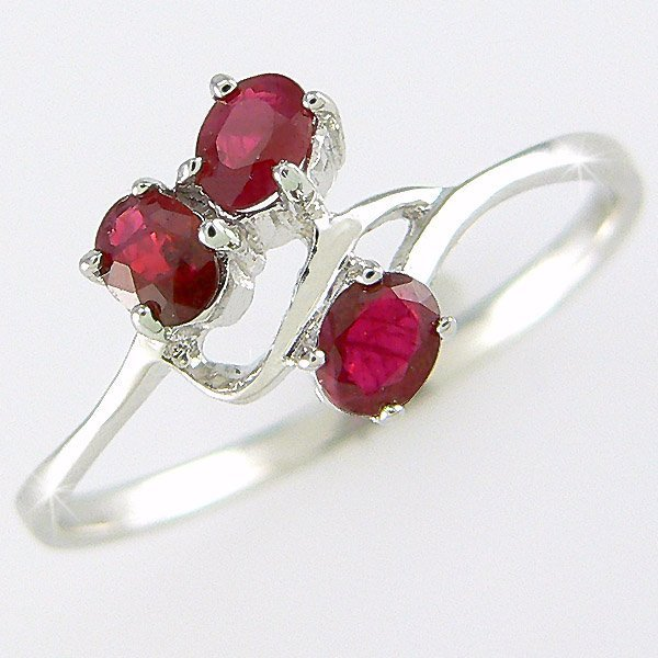 3012: CERTIFIED 14KT RUBY RING 0.60CT SZ 7