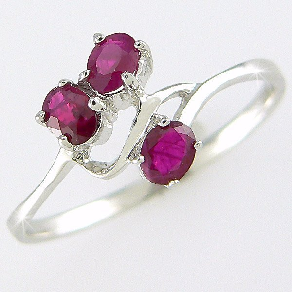 301100089: 14KT RUBY RING 0.58CT SZ 6.75
