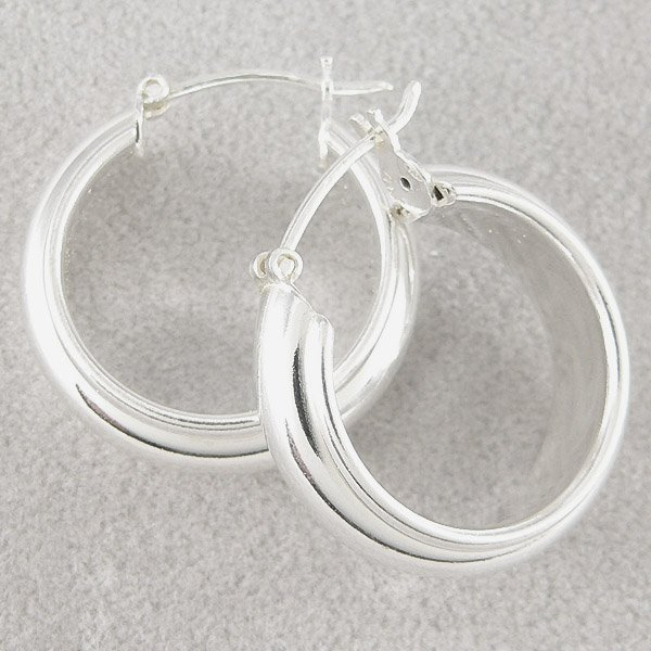 201132090: SS ITALIAN STYLE HOOP EARRINGS