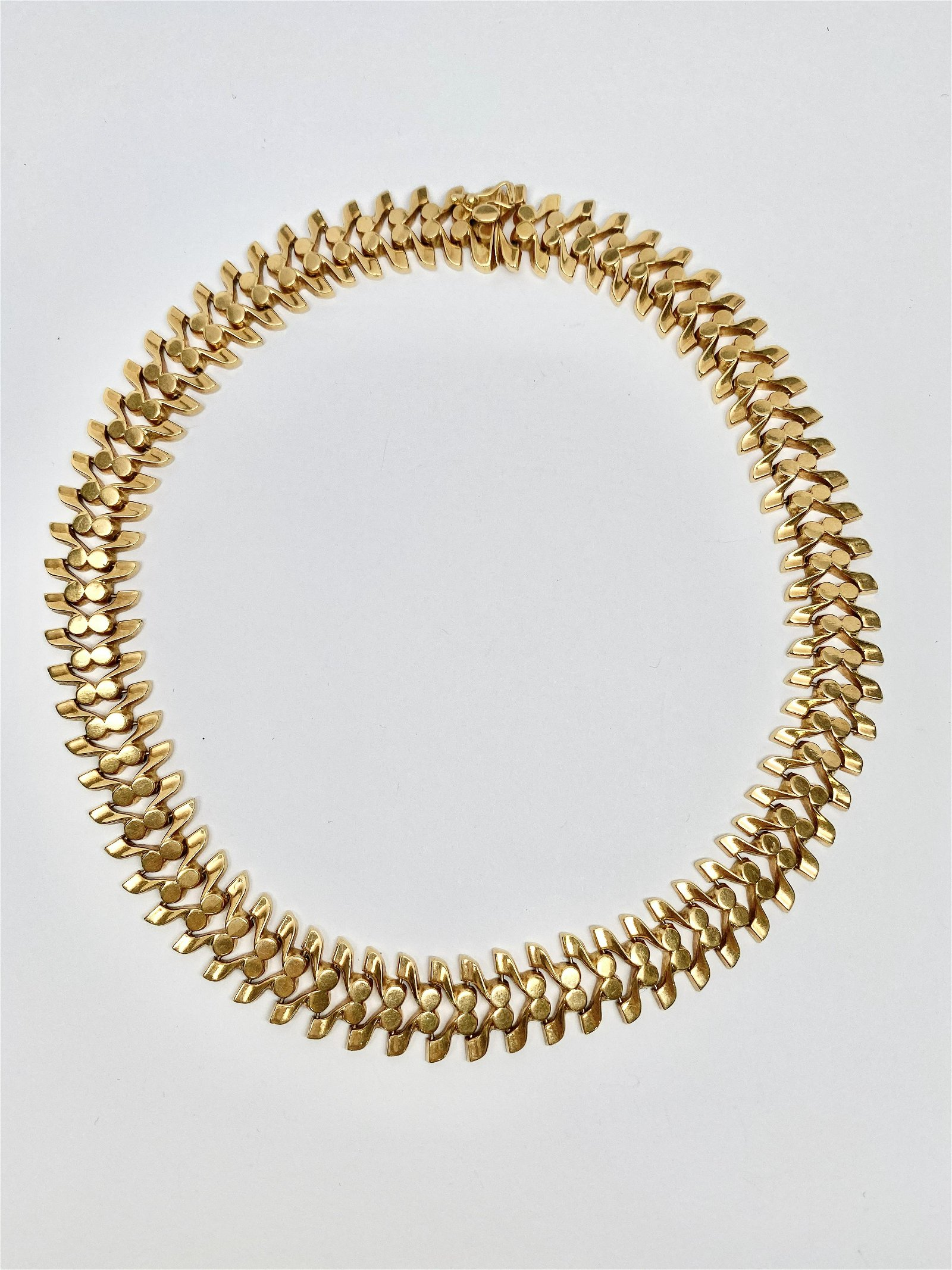 18k Gold Retro Necklace