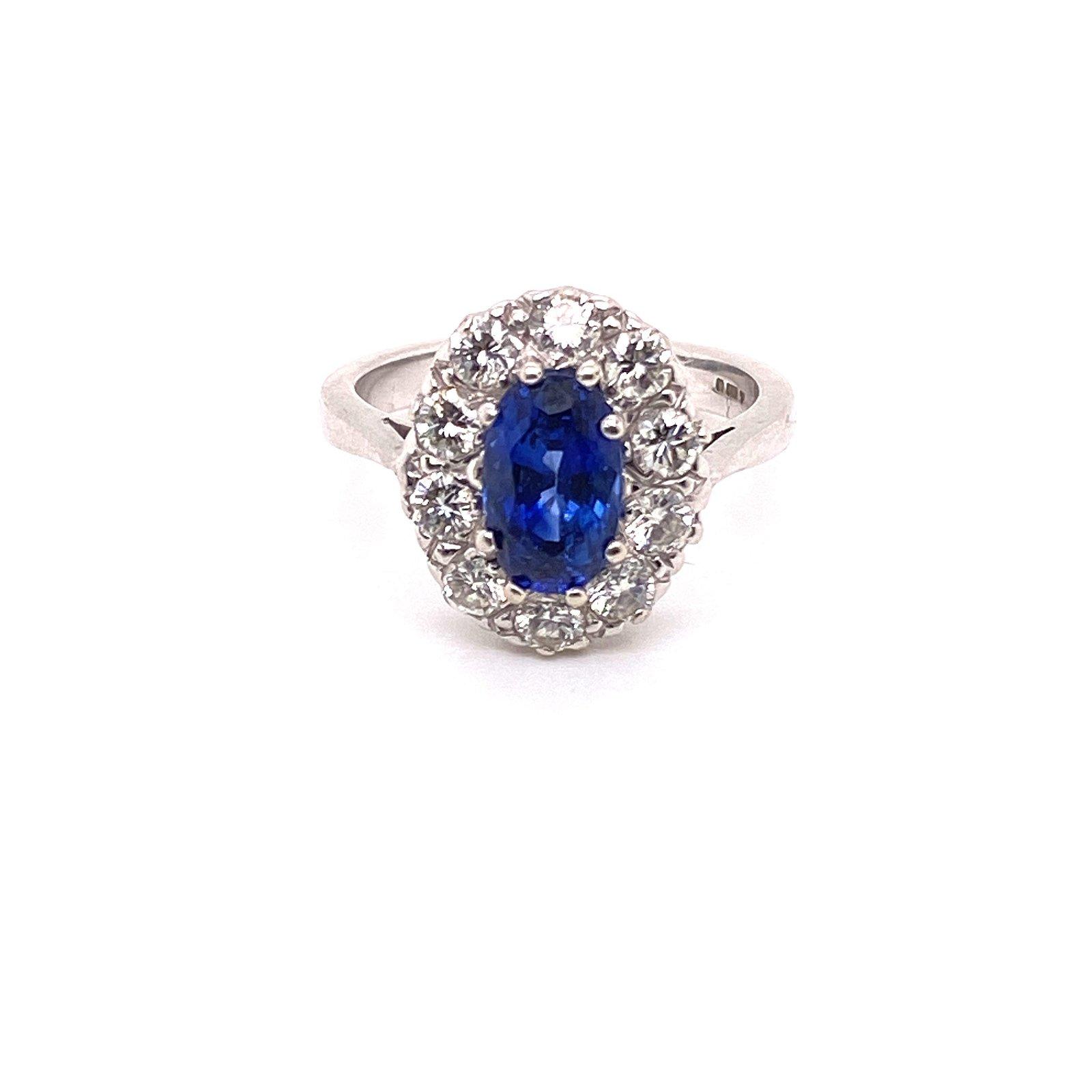 Diamond & Sapphire 18k Gold Rosetta Ring