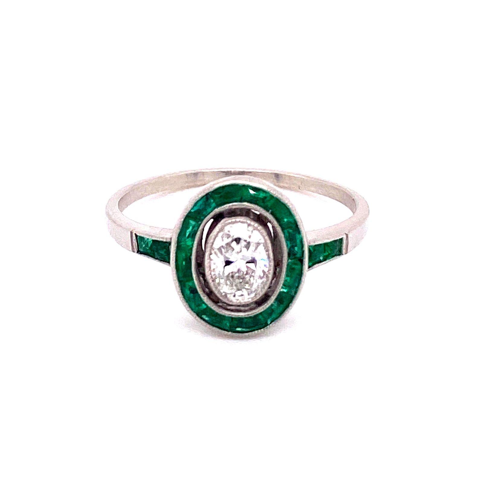 Art Deco Platinum Emerald Diamond Ring