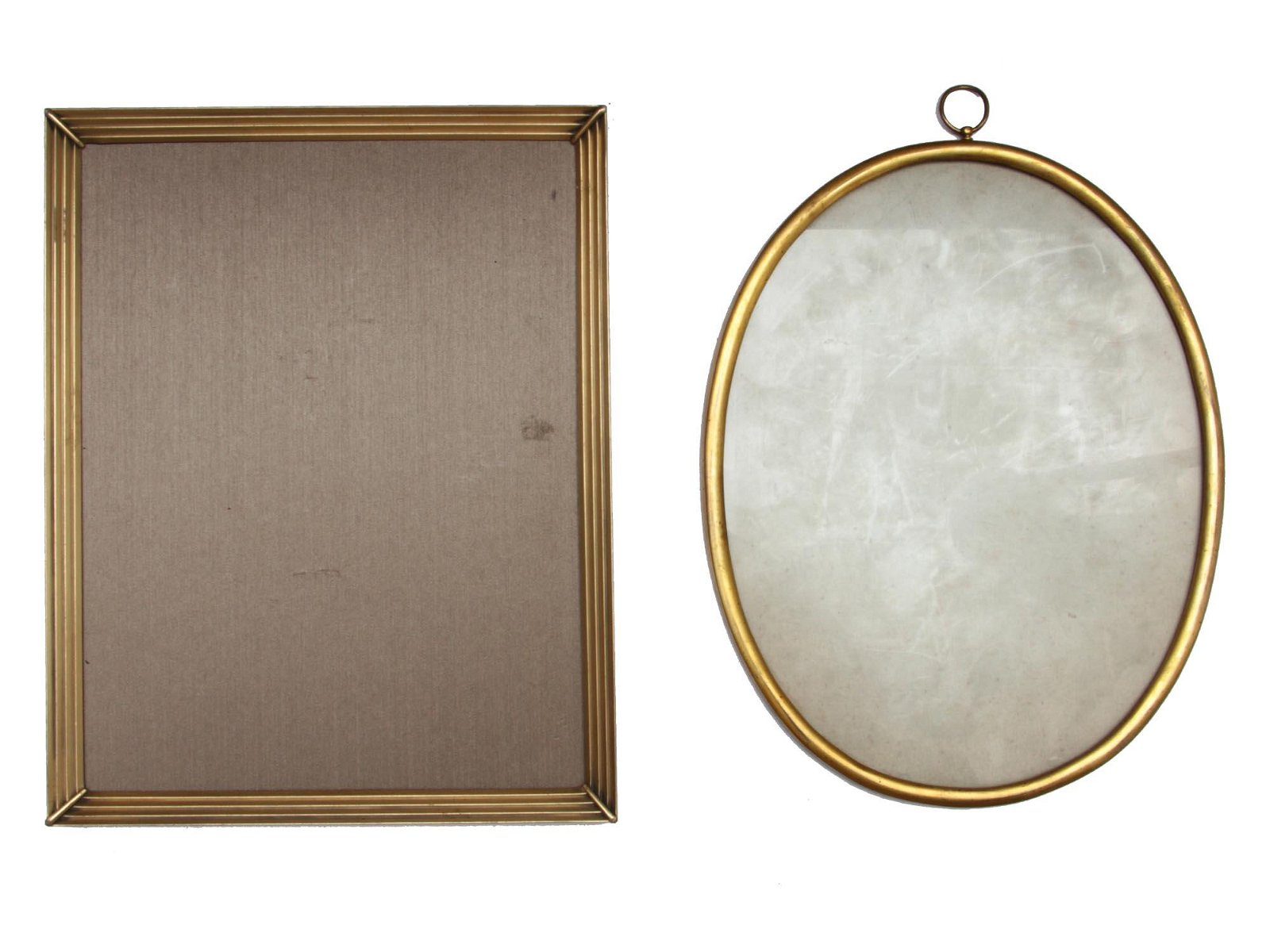 A PAIR OF VINTAGE BRASS PICTURE FRAMES CIRCA 1900
