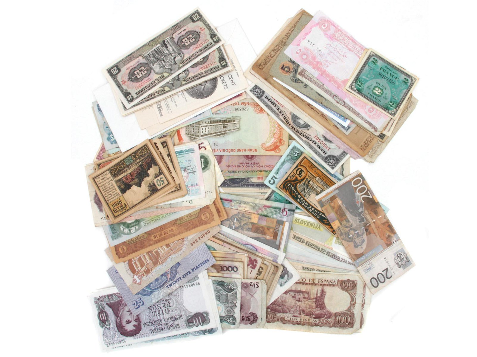 A COLLECTION OF OBSOLETE CURRENCY AND PAPER MONEY
