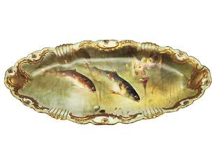 AN ANTIQUE FRENCH LIMOGES PORCELAIN FISH PLATE