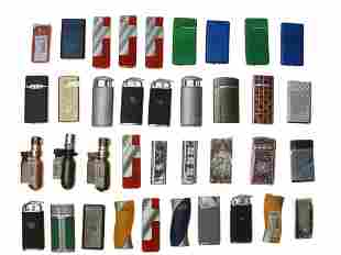 LARGE LOT OF THIRTY SEVEN VINTAGE MODERN LIGHTERS