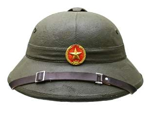 AN ORIGINAL VIETNAMESE ARMY VIETCONG PITH HELMET