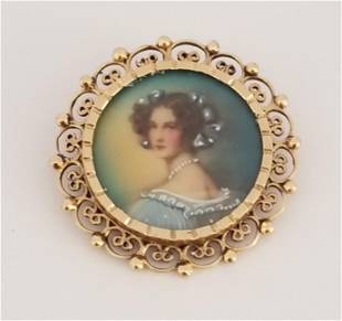 Beautiful 14 KT Gold Pin Brooch and Pendant