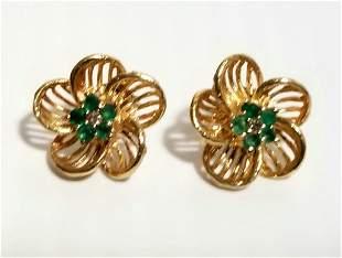Amazing 14KT Flower Emerald Earrings