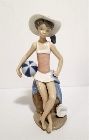 Amazing Lladro Porcelain Girl Figurine
