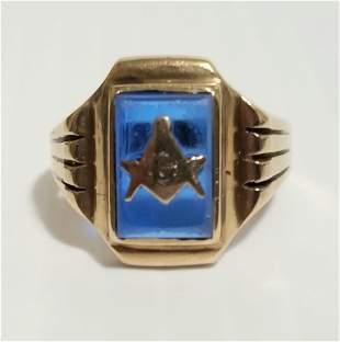 Vintage Masonic 10 KT Blue Stone Ring