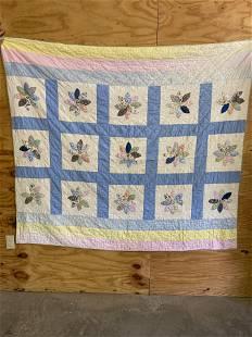 Antique c1920's Pieced Quilt