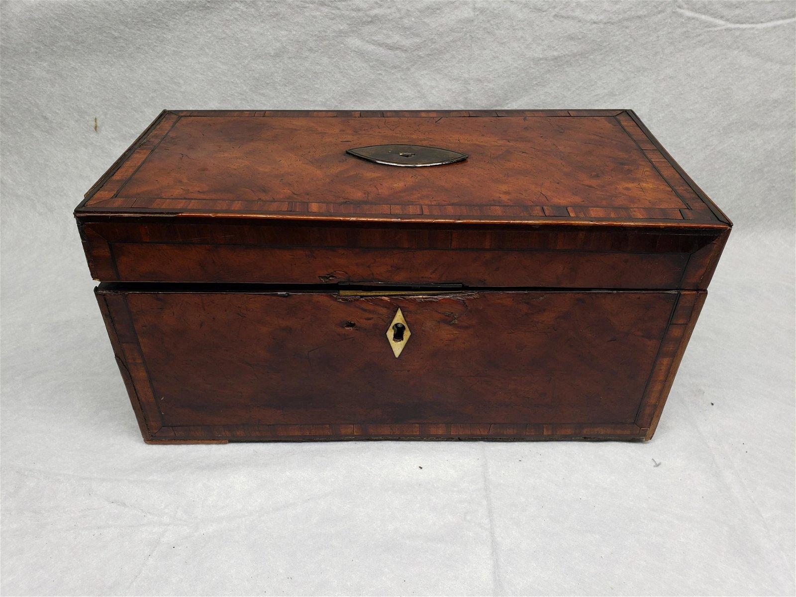 Mahogany Tea box 1807 With Marquetery