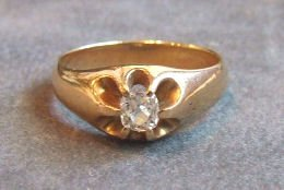 15: 14k gold Men's diamond ring set with pillow shaped