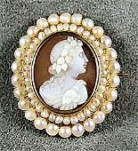 53 Victorian 14K yellow gold shell cameo surrounded by