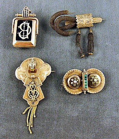 41: Victorian gold lot, including watch fob w/ locket,