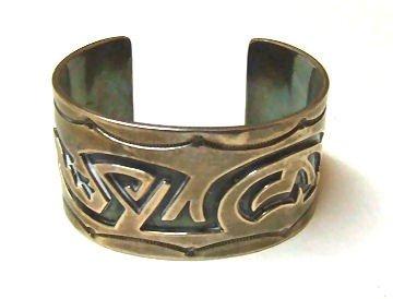 23: Native American Indian style sterling silver bracel