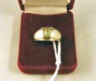 7: 14K white gold ring set with cat eye chrysoberyl, ex