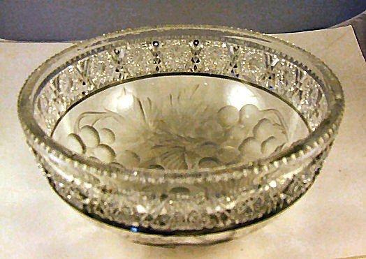 """4: Intaglio cut glass bowl, 8"""" diameter, 3.5"""" high, scr"""