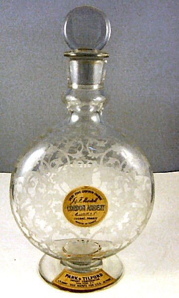 13: Etched Baccarat Martell cognac, bottle / decanter,