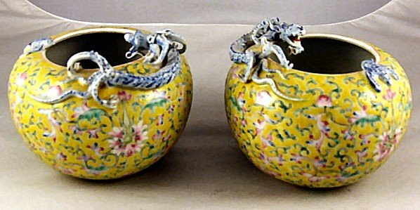 66: Pair of Chinese porcelain pots with dragon on top e