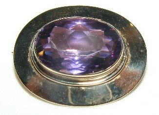 43: 14k gold pin w/ purple stone. Marked 14k, (3.2 DWT)