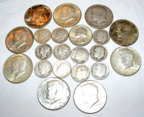 47: U.S. silver coins. $1.10 FV silver dimes, 1959 quar