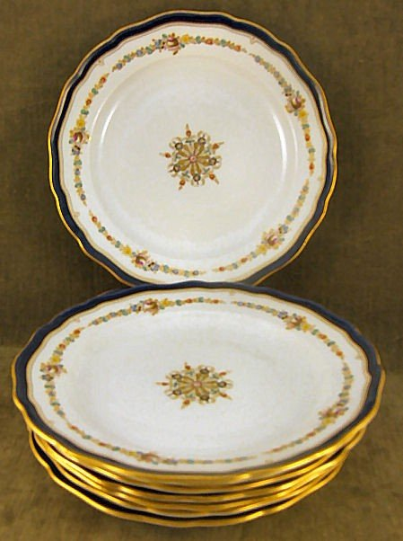 "6: Set of 8 Meissen 9.75"" plates, 1.25"" high at edge, f"