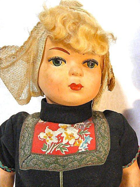 7: Vintage Dutch Boy & Girl walking dolls, wood shoes,  - 4