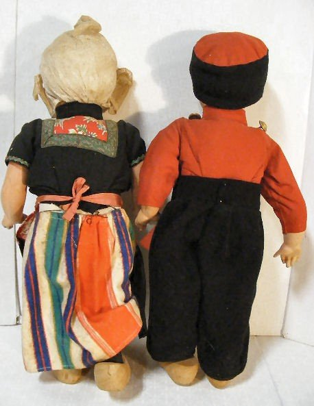 7: Vintage Dutch Boy & Girl walking dolls, wood shoes,  - 6