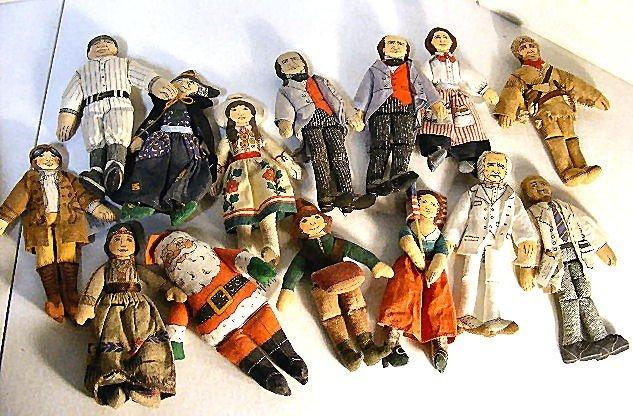 "19: 2 boxes of cloth dolls, 14 Hallmark 7"" dolls & 9"" H"