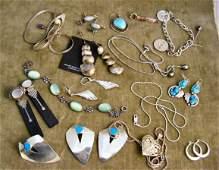 31: Mixed lot of sterling jewelry, bracelets, earrings,