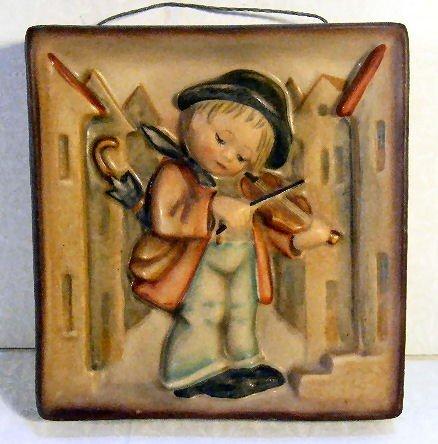 1: Hummel Crown Mark wall plaque #93 Little Fiddler, ex
