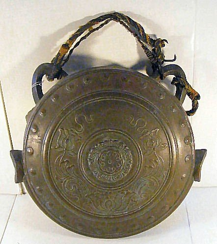 """20: Large heavy Asian bronze gong, 15"""" dia., 5.5"""" wide"""