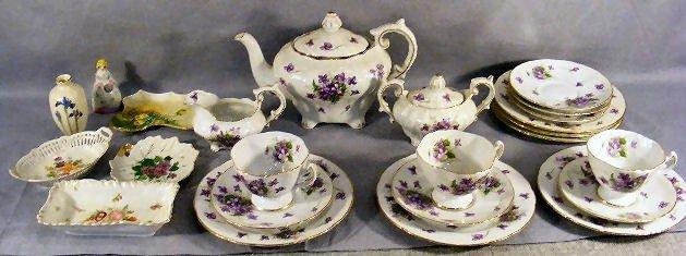 5H: Porcelain lot including Spring Violets pattern teas