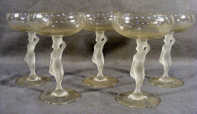 9H: Lot of 5 champagne glasses with frosted figural nud