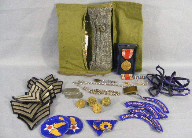 12H: Misc. military lot including sewing kit, badges, i