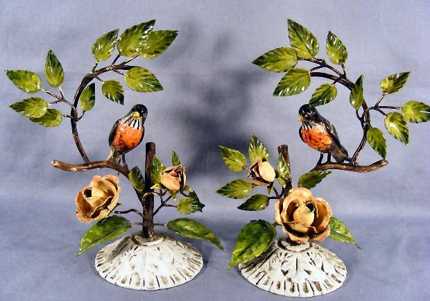 21S: Pair of Italian painted metal garnitures, songbird