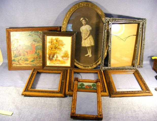 24H: Lot of misc. frames, photo, paintings and mirror